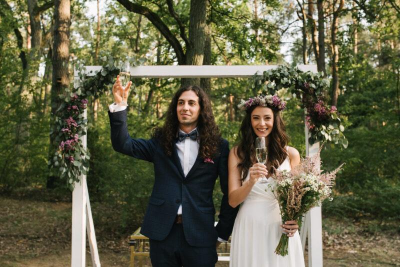 Ślub w plenerze – na co zwrócić uwagę